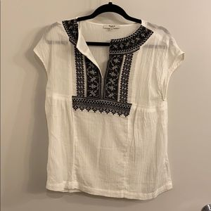 Madewell Small  Embroidered top